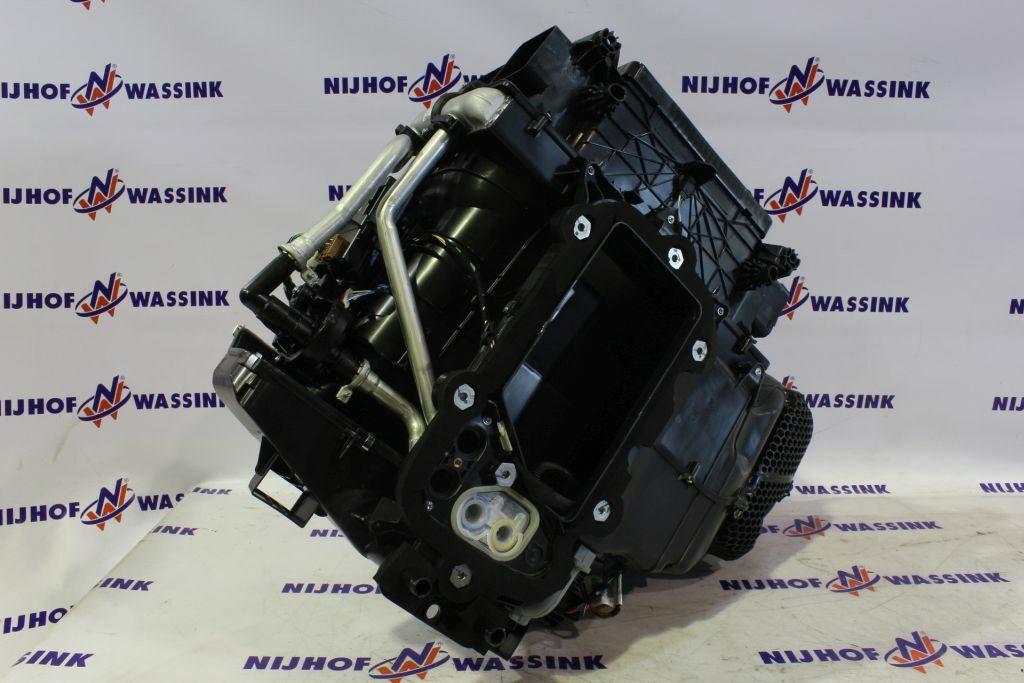 Renault 7484553426 NAGRZEWNICA KPL.FH4