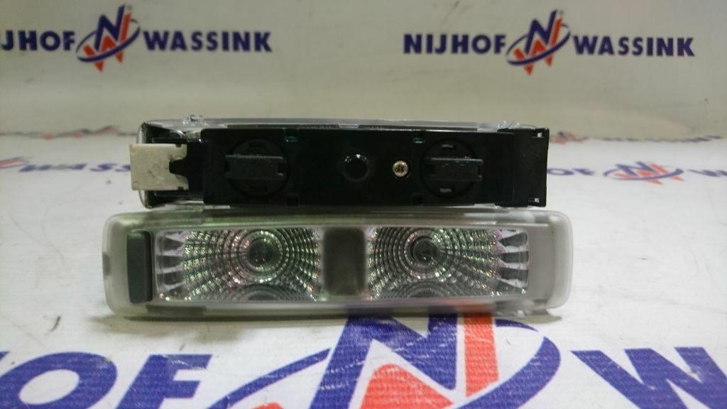 Volvo 82055235 LAMPA OŚWIETLENIA WEWNĘTRZNEGO