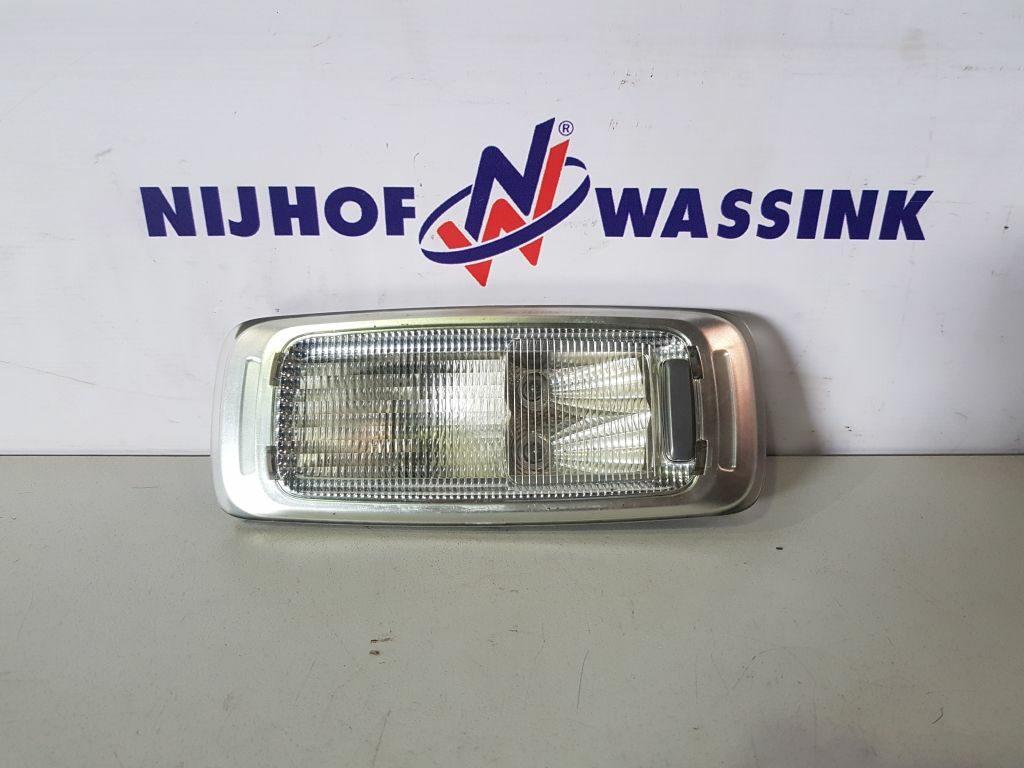 Volvo 82368365 LAMPA OŚWIETLENIA WNĘTRZA