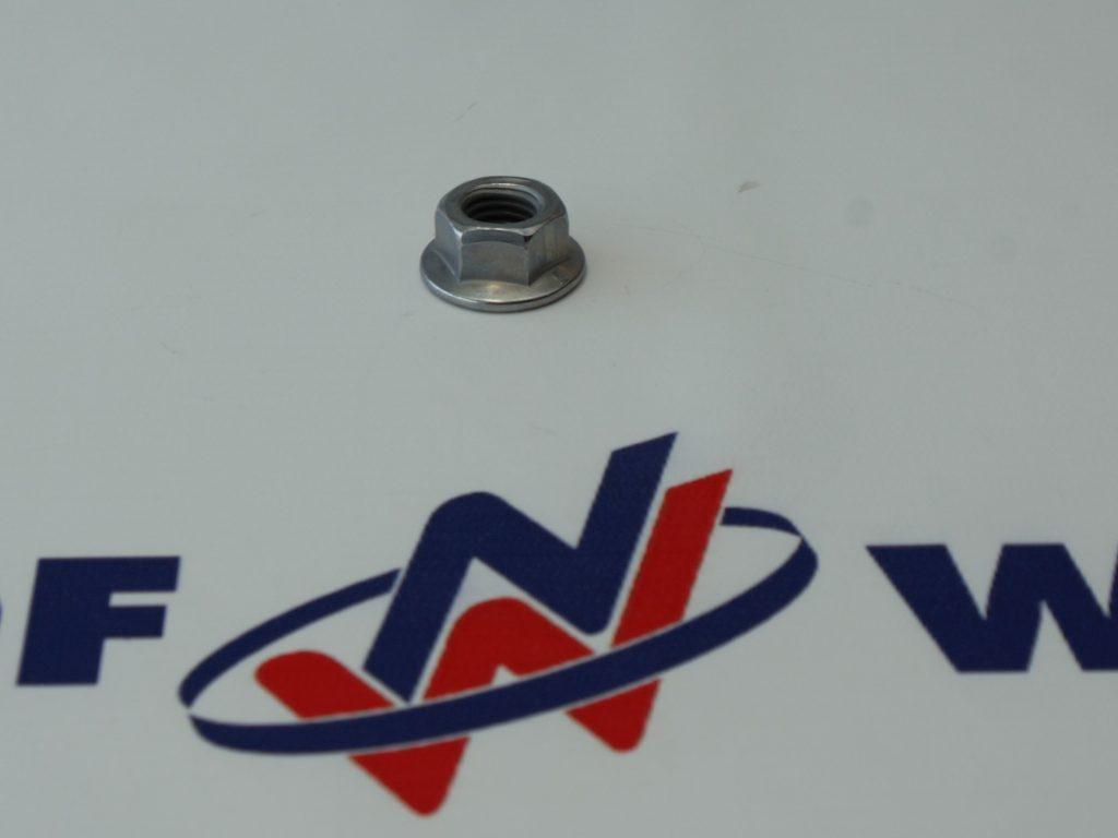 Volvo 990953 NAKRĘTKA M14 ZAGNIATANA
